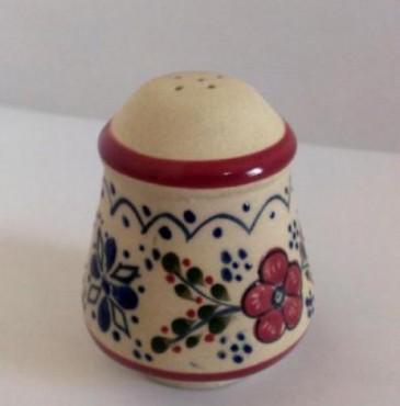 Salero Grande decorado de Flor elaborado en cerámica de alta temperatura