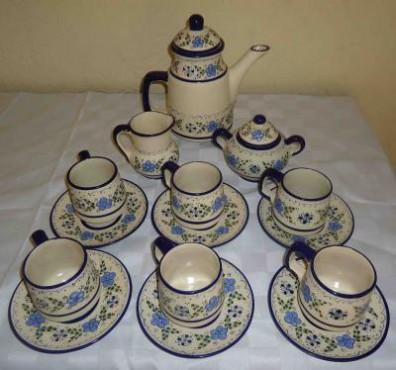 Juego de Café para 6 personas elaborado en cerámica de alta temperatatura