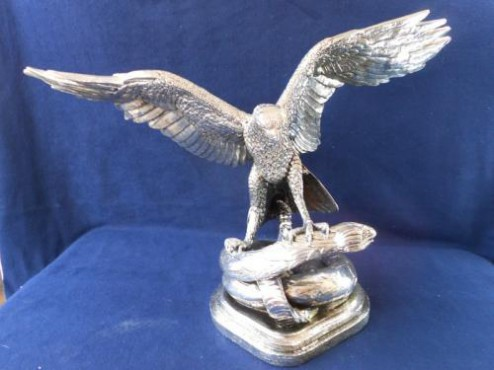 Águila Tenoch en ARTESANÍAS de plata