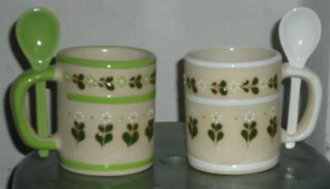 Taza con cuchara DE cerámica alta temperatura