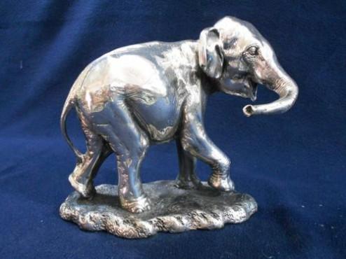 Elefante Caminando EN ARTESANÍAS DE PLATA