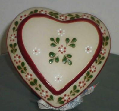 Alhajero Corazón realizado en cerámica de alta temperatura. Dulcero