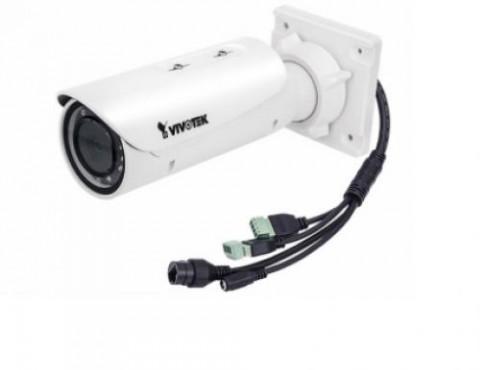 IB8382-F3 de VIVOTEK es una bala económicos cámaras de red al aire libre profesional