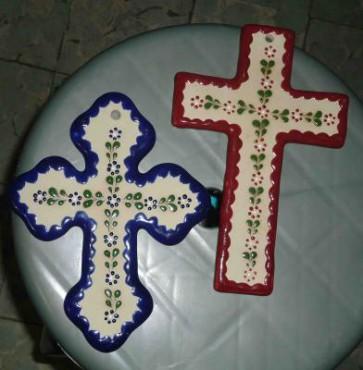 Cruces de Cerámica de alta temperatura decoradas a mano